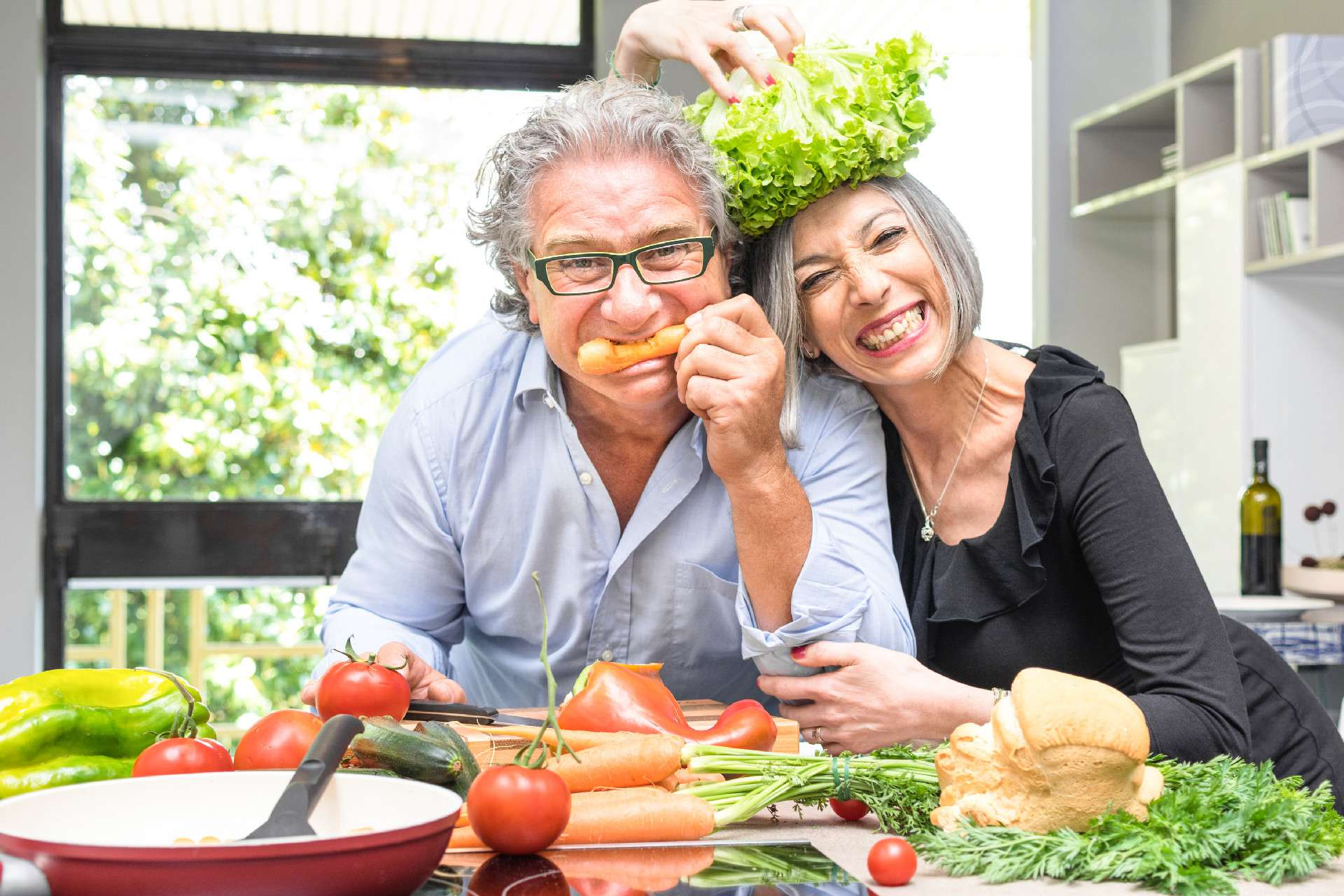 4 Pillars Functional Medicine – Couple Preparing Food